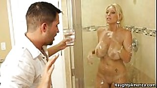 Busty golden-haired milf gets screwed in the bath (...